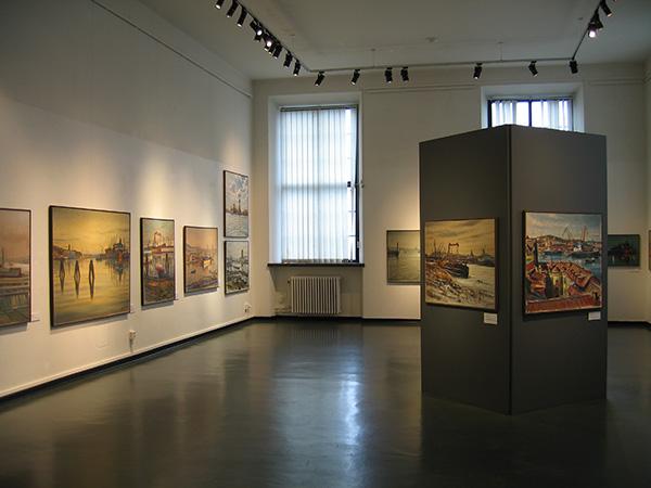 Konst, utställning på Sjöfartsmuseet i Göteborg, konstnär Carl Bjerkås